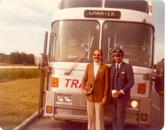 'My American Trip' - tour guide and bus driver